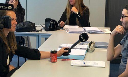 Un stagiaire de Bruxelles Formation se fait interviewer par la RTBF